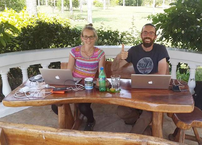 Digital Nomads: Btina & Yago paraguay-2014